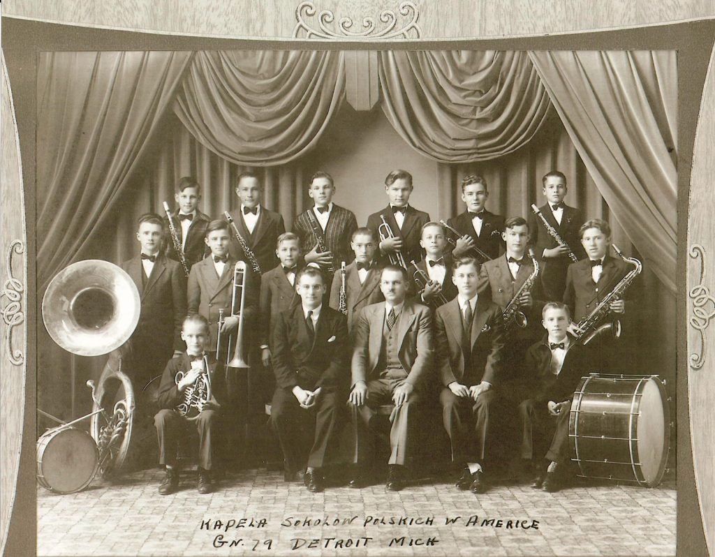 Nest 79 Kapela Sokołów Polskich w Ameryce (Polish Falcons Orchestra of America), 1938. Director: Eddie Gajec (front row, second from left); Assistant Director: Ted Gomulka (front row, second from right). The orchestra was organized in January 1937 under the direction of Dr. Andrzej Musial, Eddie Gajec, and others. Wally Gomulka, middle row, third from right; John Kobylarz, middle row, second from left; John Banicki, back row, second from right. Photo: Collection of Laurie A. Gomulka